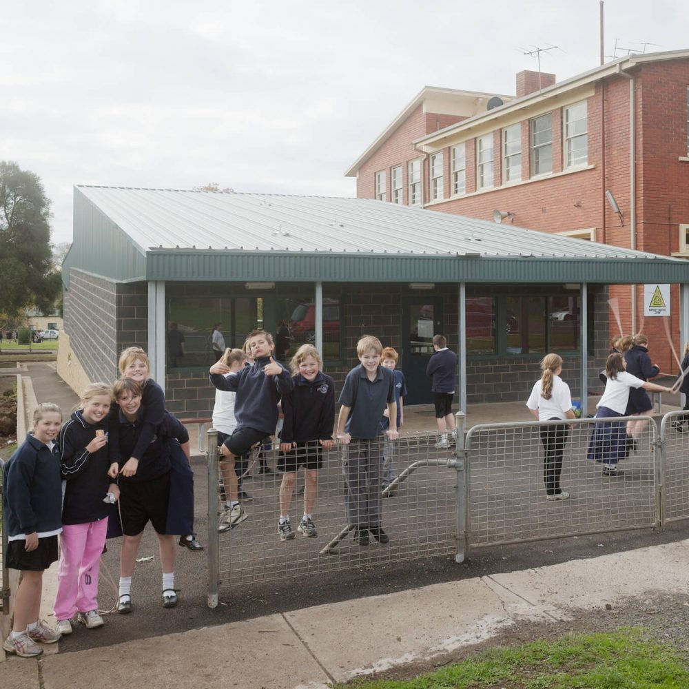 Opat Architects Camperdown School new middle school building. Photo of exterior eastern verandah oudoor breakout space.
